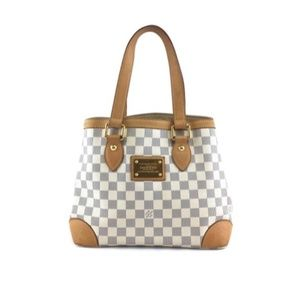 Hampstead Bucket Damier Azur Canvas Shoulder Bag
